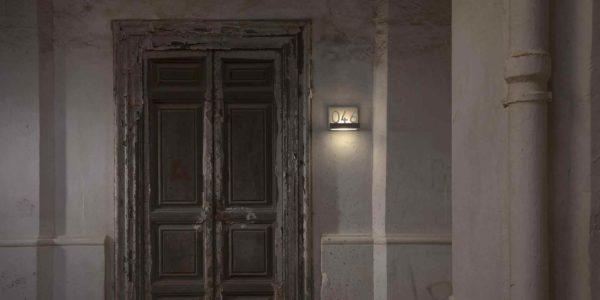 Originelle moderne Hausnummerleuchte