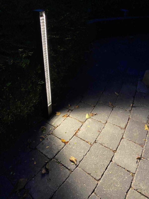 Schmale moderne blendfreie Wegleuchte mit blendfreier Beleuchtung