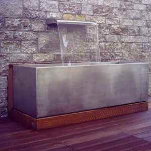 Exklusive Brunnen für die Terrasse