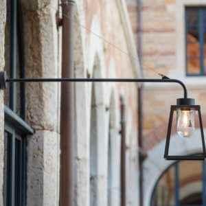 Moderne Wand Außenlampe mit Ausleger