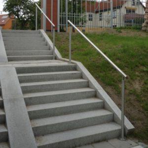 Freistehender Treppenhandlauf mit Beleuchtung
