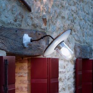 Messing Außenwandlampe im alten Stil