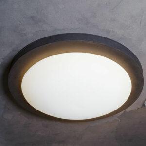 Große runde Deckenlampe für außen