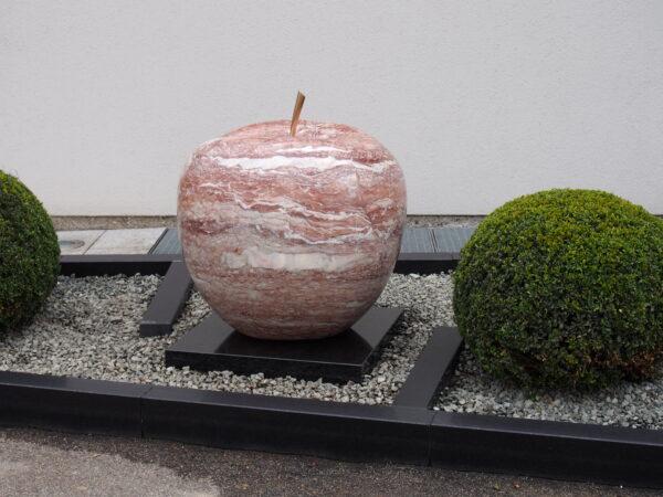 Künstlerische Frucht Skulpture aus echtem Stein