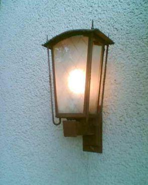 Leuchten für außen aus vergangenen Tagen
