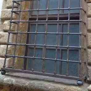 Fenstergitter frühzeitlich Schmiedeeisern