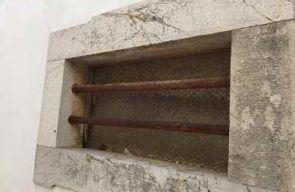 Fenster Querstreben aus Stahl