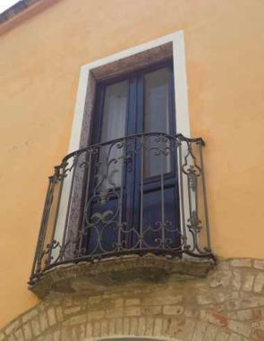 Französischer Balkon geschmiedet