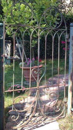 Alte Gartenpforte geschmiedet