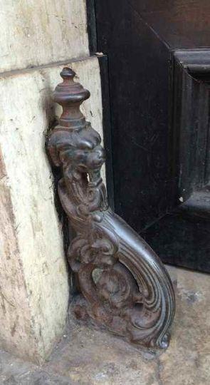 Historischer alter Türstopper